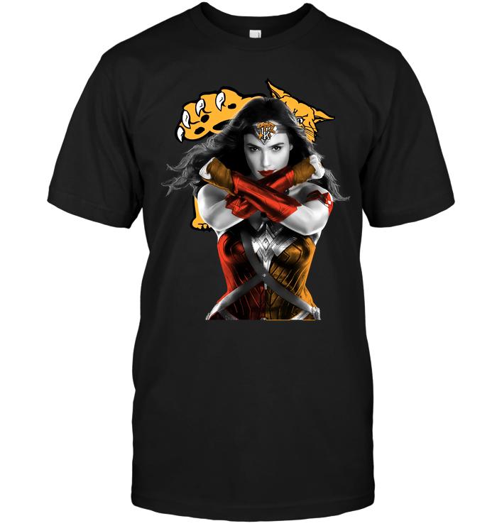 Wonder Woman: Kentucky Wildcats